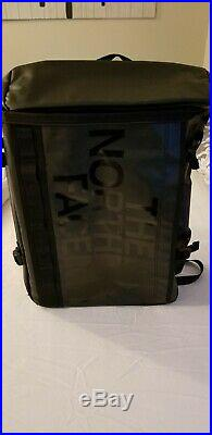 NORTH FACE BC Fuse Box Backpack Rucksack daybag L Black NEW and NO RESERVE