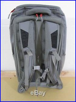 NWT The North Face TNF Kaban Transit City Commuter Day Travel Backpack Grey