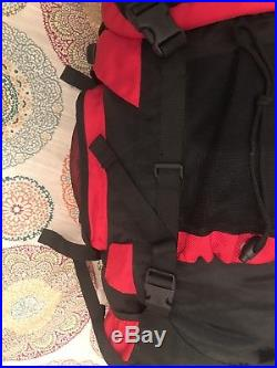 The North Face Backpack Travel Hiking Backpacking CAMPING 60L. Great Condition