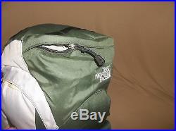The North Face Badlands 75 Backpack Carbon Fiber Light Exp Pack Med TNF Green