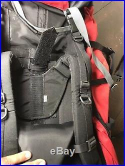 The North Face Badlands Internal Frame Backpack Red Hiking Camping Mens M-M