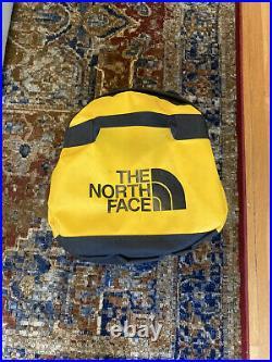 The North Face Mens Base Camp Duffel MEDIUM bag backpack Summit Gold / Black