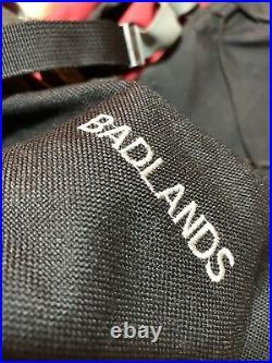 Vintage The North Face Badlands Internal Frame Backpack (Red/Black) Med/Med Used